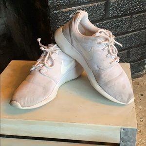 Nike Free White